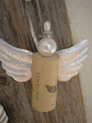 angels made with wine corks