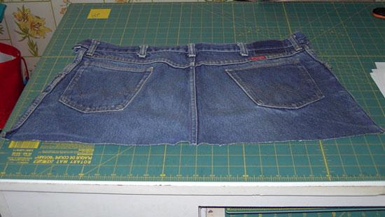 start a blue jean apron