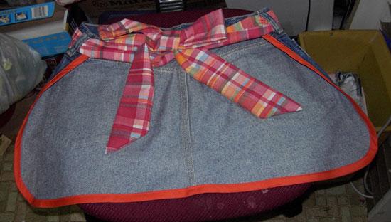 Jean apron back